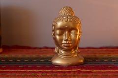 Statua dell'oro di Budha fotografia stock libera da diritti