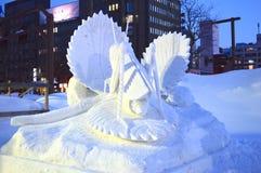 Statua della farfalla nel festival giapponese Hokkaido della neve Immagini Stock Libere da Diritti