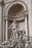 Statua della fontana di Trevi di Roma dei Fotografia Stock Libera da Diritti