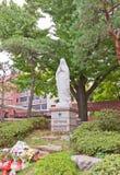 Statua della nostra signora nella cattedrale di Myeongdong a Seoul, Corea Fotografie Stock Libere da Diritti