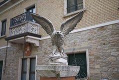Statua della pietra di Eagle Fotografia Stock
