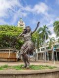 statua della ragazza di hula ad Aloha Tower Marketplace Fotografie Stock Libere da Diritti