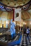 Statua della regina Isabella della costruzione del Campidoglio fotografie stock