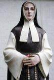 Statua della suora Fotografia Stock