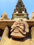 Statua in tempio antico Fotografia Stock Libera da Diritti