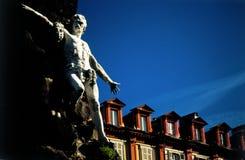 Statua delle mansarde Fotografia Stock Libera da Diritti