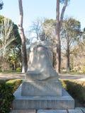 Statua dello scrittore Benito Perez Galdos 1843-1920 il Retiro Immagini Stock Libere da Diritti