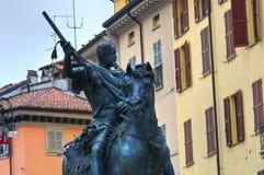 Statua di Alessandro Farnese Piacenza L'Emilia Romagna L'Italia Fotografia Stock Libera da Diritti