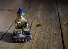 Statua di amoghasiddhi di Buddha Fotografia Stock
