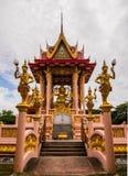 Statua di angelo del padiglione in tempio di Charoentham Fotografia Stock