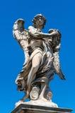 Statua di angelo sul ` Angelo di Ponte Sant a Roma Immagini Stock Libere da Diritti