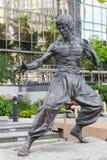 Statua di Bruce Lee situata in Hong Kong Fotografie Stock Libere da Diritti