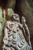 Statua di Budda in montagne di marmo, Vietnam Fotografia Stock Libera da Diritti