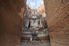 Statua di Buddha che si siede al parco di storia di Sukhothai Fotografia Stock Libera da Diritti