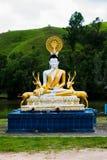 Statua di Buddha con la statua dei cervi fotografia stock