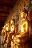 Statua di Buddha del tempio Immagini Stock Libere da Diritti