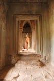 Statua di Buddha in tempio di Angkor Wat fotografia stock libera da diritti