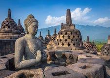 Statua di Buddha in tempio di Borobudur, isola di Java, Indonesia Immagini Stock