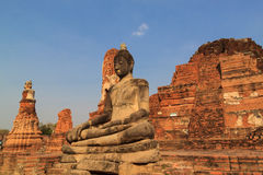 Statua di Buddha in tempio di Wat Mahathat, Tailandia Fotografia Stock