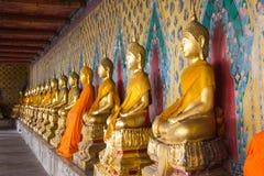 Statua di Buddha a Wat Arun immagini stock libere da diritti