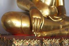 Statua di Buddha a Wat Phra Chetuphon Fotografie Stock