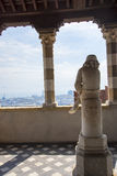 Statua di Columbus come ragazzo nel ` Albertis di Castello d una residenza storica in Genoa Italy Alloggia il museo delle culture Immagini Stock Libere da Diritti