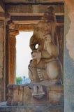 Statua di Ganesh in tempio antico di Hampi, India fotografia stock