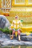 Statua di Garuda in parco, creature mitiche, Bangkok, Tailandia 171 fotografia stock