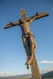 Statua di Gesù sull'incrocio Immagini Stock