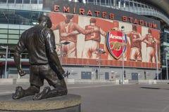 Statua di Henry di Emirates Stadium dell'arsenale Fotografie Stock Libere da Diritti