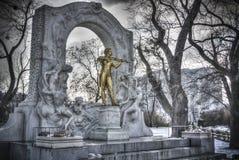 Statua di Johann Strauss a Vienna immagini stock libere da diritti