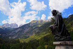 Statua di Julius Kugy, alpi di Julian Fotografia Stock