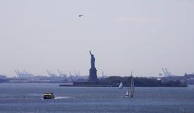 Statua di libertà da Brooklyn Fotografie Stock Libere da Diritti