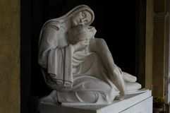 Statua di Madonna e di Cristo Fotografia Stock Libera da Diritti