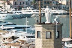 Statua di Madonna nel porto di Casamicciola Immagine Stock