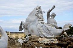 Statua di marmo con un cavallo Fotografia Stock