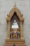 Statua di marmo su Wat Indravihan Fotografia Stock Libera da Diritti