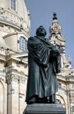 Statua di Martin Luther a Frauenkircke Fotografia Stock Libera da Diritti