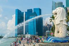 Statua di Merlion nel lungomare di Marina Bay In Singapore Fotografie Stock