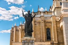 Statua di Papa Giovanni Paolo II, Almudena Cathedral Madrid Fotografie Stock Libere da Diritti