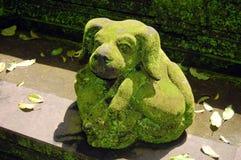 Statua di pietra del cane Fotografia Stock Libera da Diritti