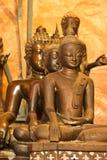 Statua di pietra di un Buddha in Tailandia Immagine Stock