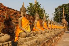 Statua di pietra di un Buddha in Tailandia Fotografia Stock