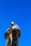 Statua di pietra di una rana pescatrice immagine stock libera da diritti