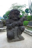 Statua di pietra in tempio di Penataran, Java, Indonesia fotografia stock libera da diritti