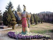 Statua di primo Qin Emperor nel suo mausoleo, Xian, Cina fotografia stock libera da diritti
