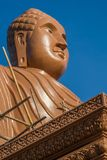 Statua di profilo di Buddha, Kanchanaburi, Tailandia Immagine Stock Libera da Diritti
