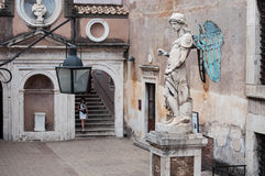 Statua di Raffaello da Montelupo Стоковые Изображения RF