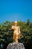 Statua di re Bayint Naung - Kawthaung, Myanmar fotografia stock