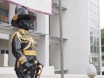 Statua di re Vajiravudh, il sesto monarca della Tailandia Fotografia Stock Libera da Diritti